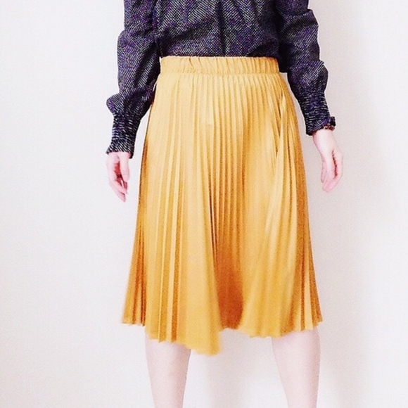 SmilingBear Dresses & Skirts - NWT Suede pleated midi skirt mustard yellow